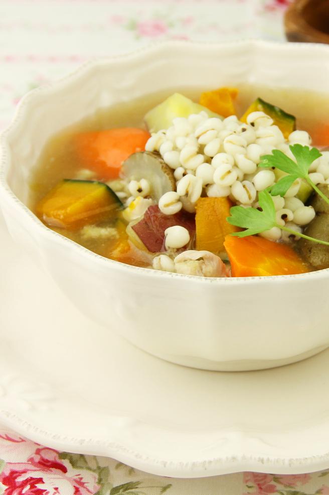 はとむぎと根菜のショウガあんかけスープ