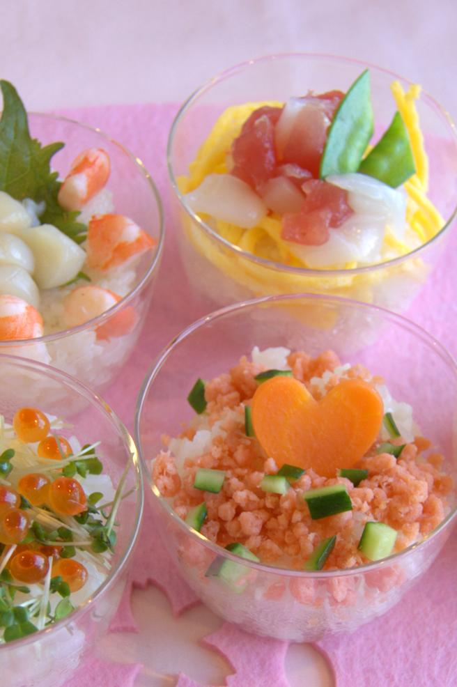 はとむぎでカップ寿司パーティー