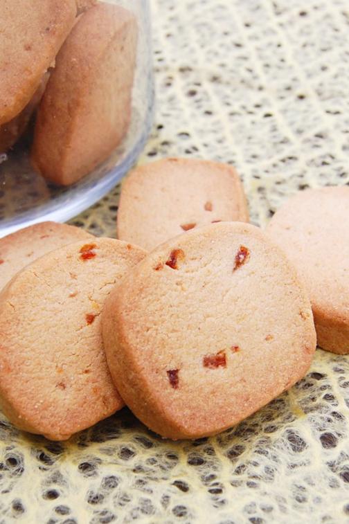 はとむぎとマーマレードでクッキー